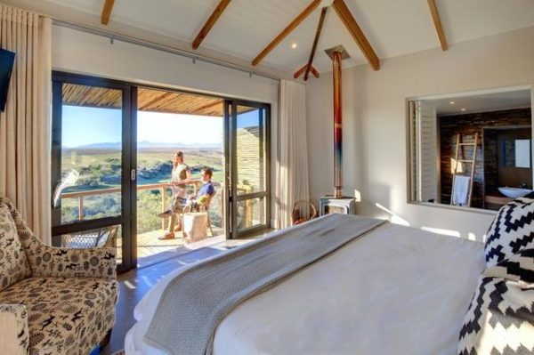 Garden Route Game Lodge room