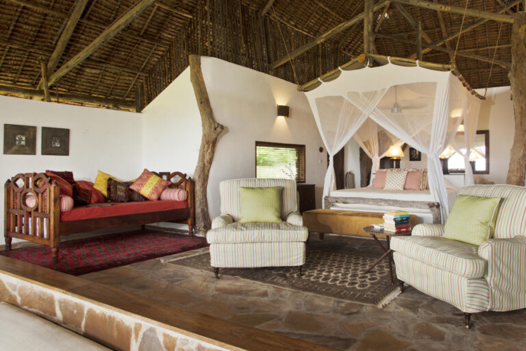 CM-Travels-beho-beho-tanzania-selous-camp-bedroom2
