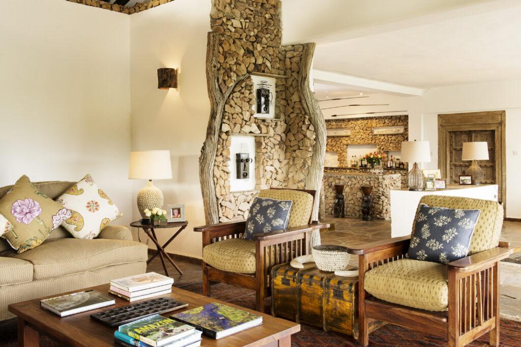 CM-Travels-beho-beho-tanzania-selous-camp-lounge