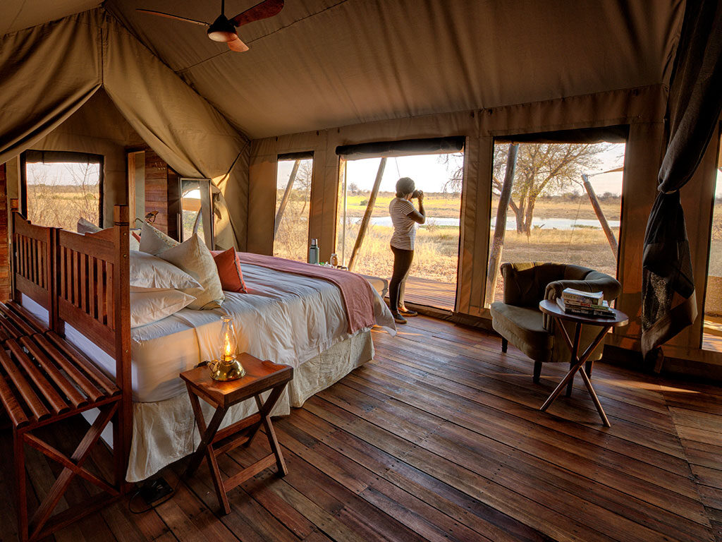 Machaba-Safaris-verneys-camp-room-view