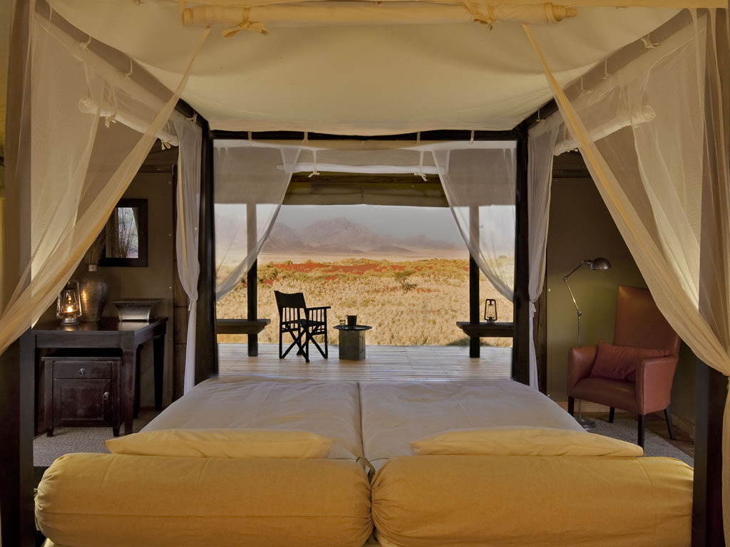 bedroom-view-desert-wolwedans-camps-nature-cm-travels