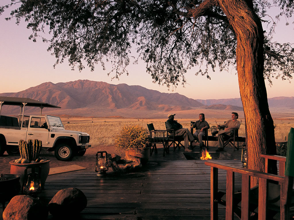 activity-game-drive-sunset-desert-wolwedans-camps-nature-cm-travels