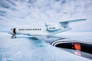 cm-travels-antartica-wildlife-nature-white-desert-camp-emperor-penguins-ulitmate-luxury-private-jet