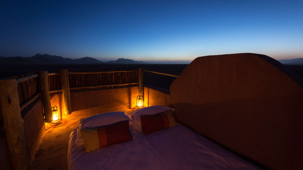 kulala-desert-camp-wilderness-safaris-namibia-sossusvlei-nature-safari-travel-bedroll-star-gazing
